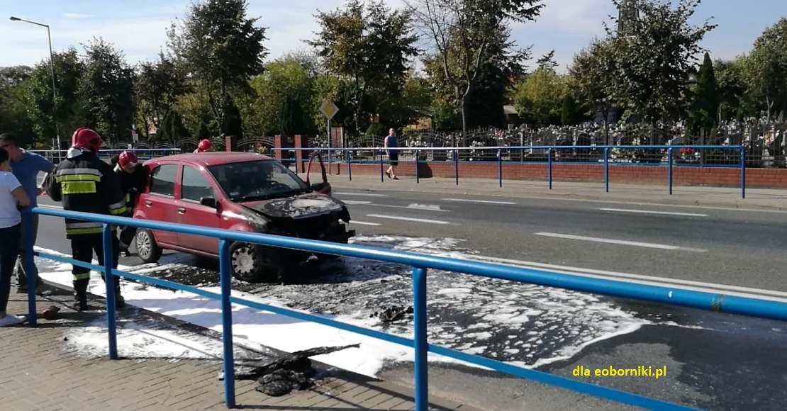 Pożar samochodu w centrum Obornik