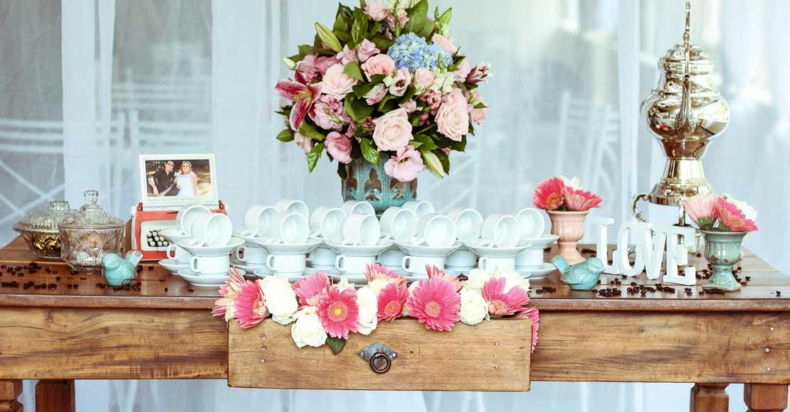 Jak sprawić, by zaproszenia ślubne były zrozumiałe i czytelne?