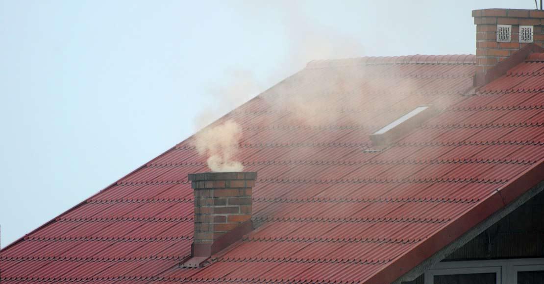 Wietrzenie mieszkania a obecność smogu – wietrzyć czy nie wietrzyć?