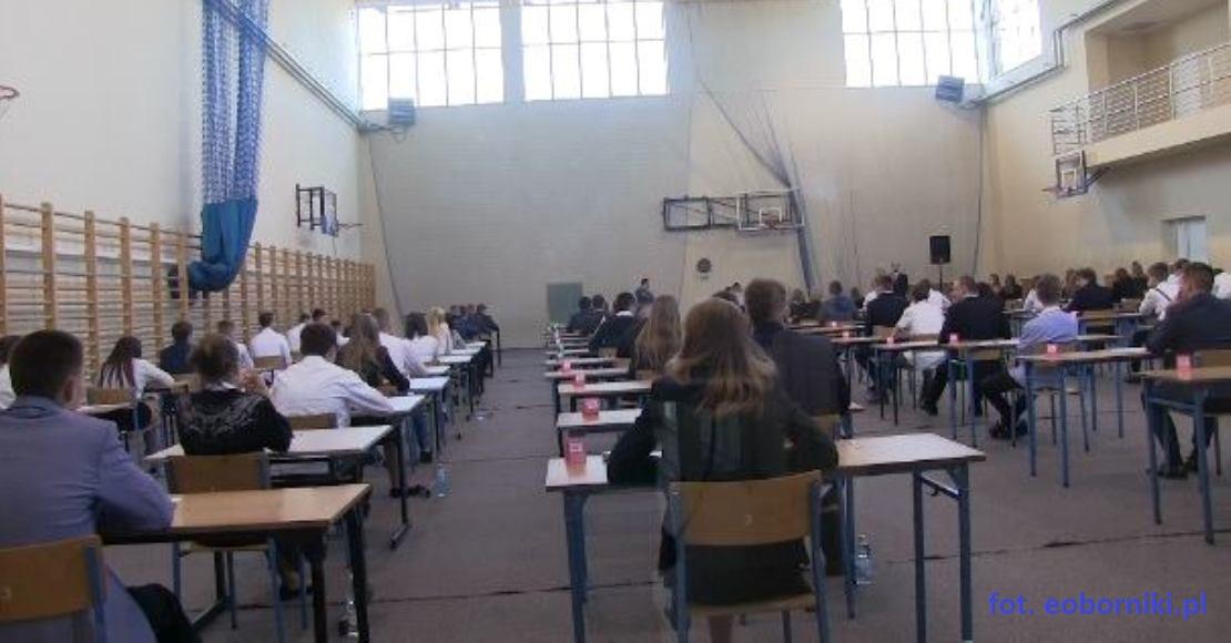 Rozpoczęły sie egzaminy gimnazjalne (film)