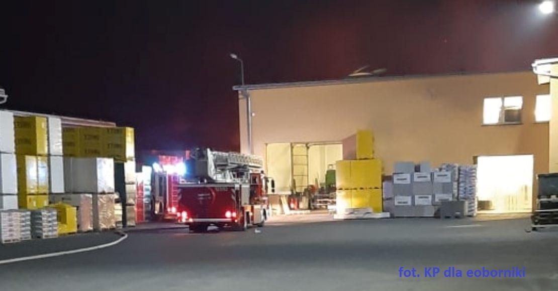 Pożar hali przy Obrzyckiej w Obornikach