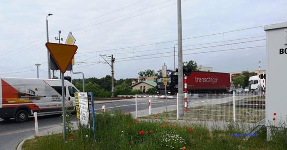 Uszkodzona rogatka na ul. Łukowskiej