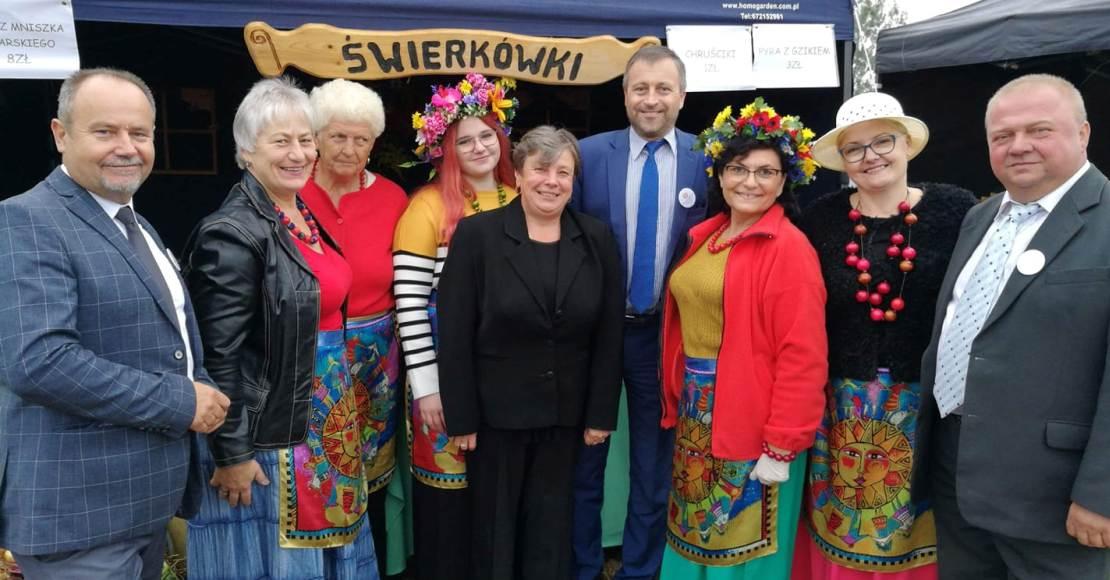 Nagrody za dekoracje dożynkowe w Bogdanowie (foto)