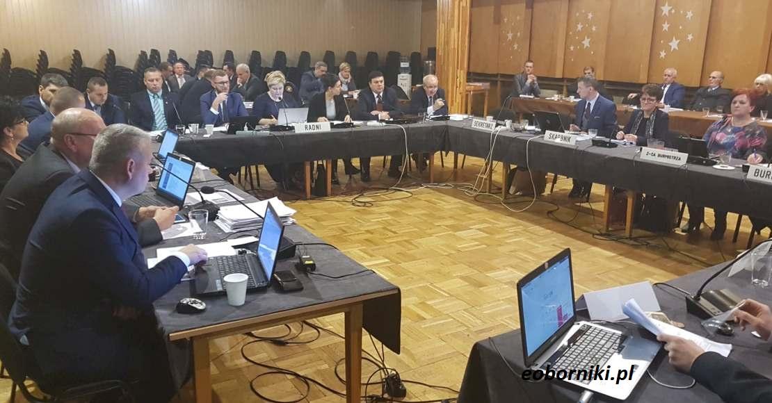 Którzy radni najrzadziej bywają na komisjach?