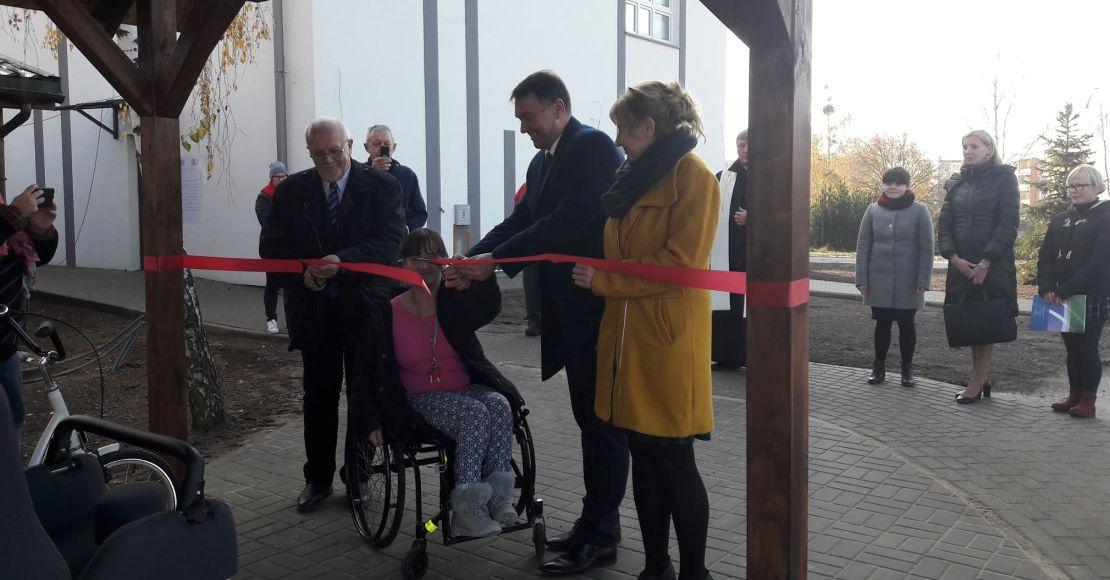 Otwarto wiatę z wypożyczalnią rowerów dla niepełnosprawnych (foto)