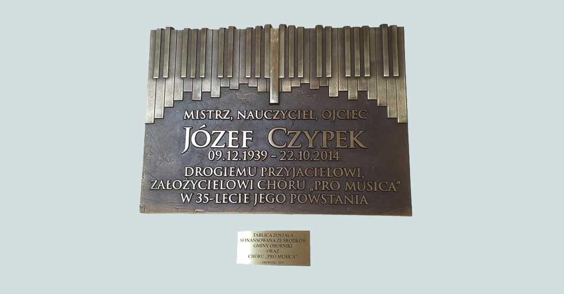 Odsłonięto tablicę Józefa Czypka w obornickim LO.