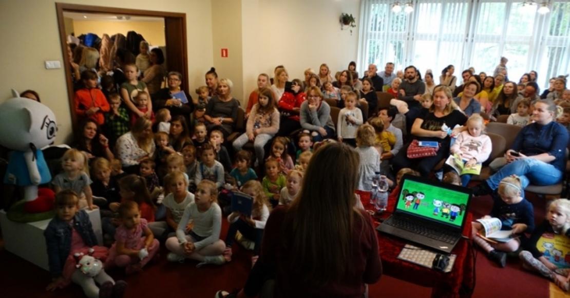 Kicia Kocia w sobotę gościła w obornickiej bibliotece