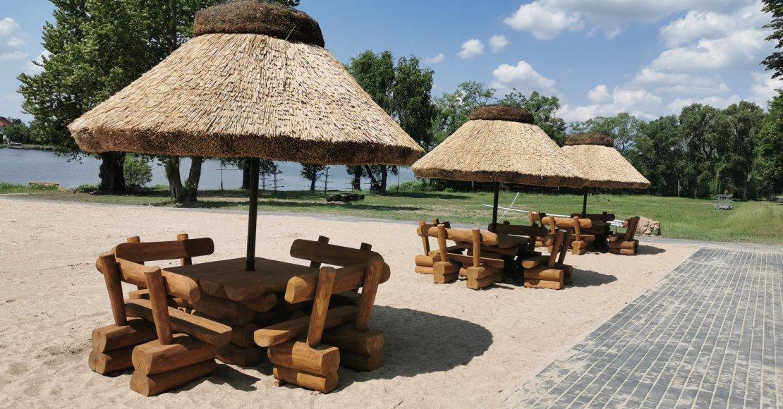 Pięknieje plaża w Rogoźnie (foto)