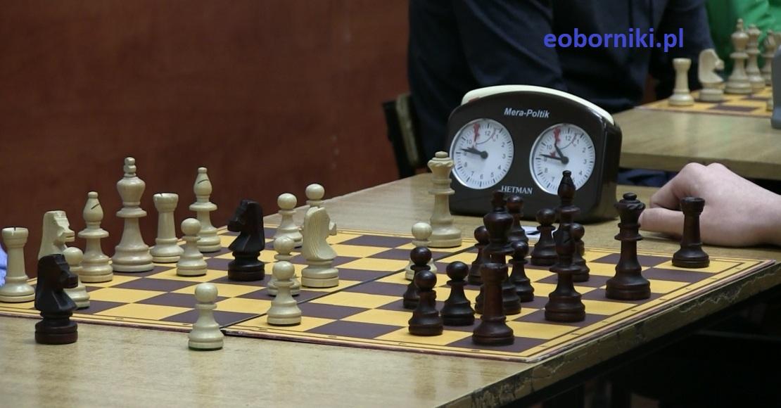W niedzielę zagraj w szachy