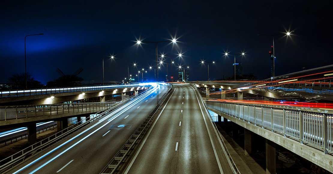 LED, czyli zwiększenie bezpieczeństwa na jezdni stosunkowo niskim nakładem finansowym