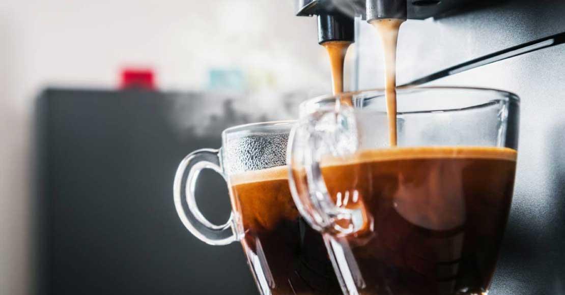Szklanki do kawy - przeżytek czy nowoczesny trend?