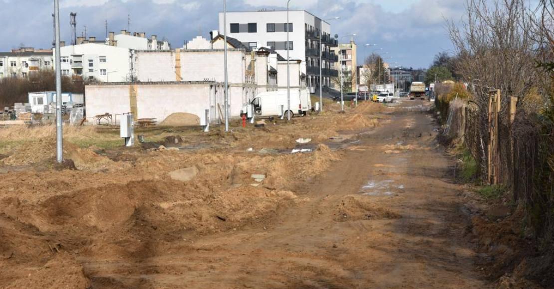 Ruszyła budowa ulic Długiej i Seminarialnej w Rogoźnie