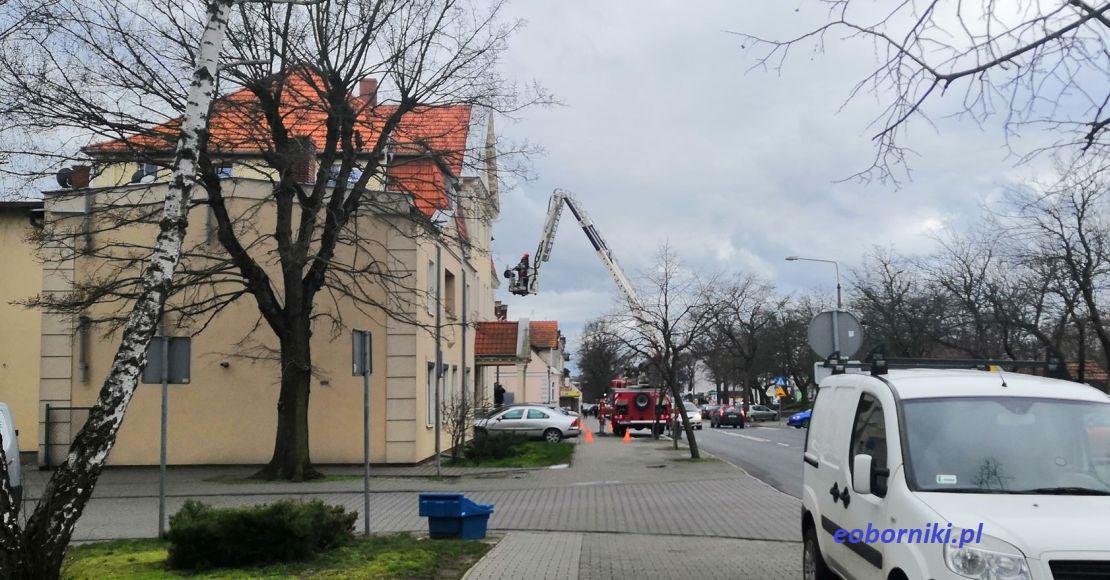 Dźwig strażacki przy KPP Oborniki