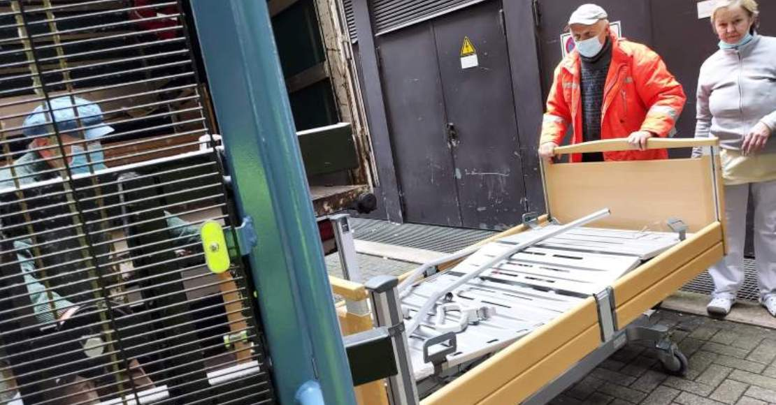 Kolejny transport łóżek medycznych z Niemiec dotarł do Obornik (foto)