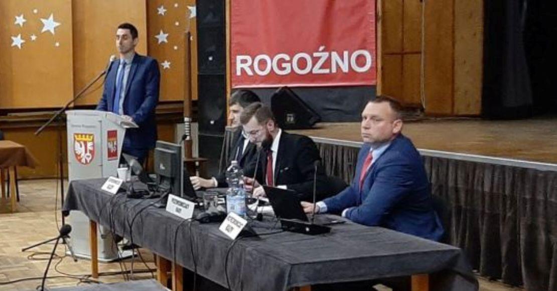 W czwartek będzie nadzwyczajna sesja w Rogoźnie
