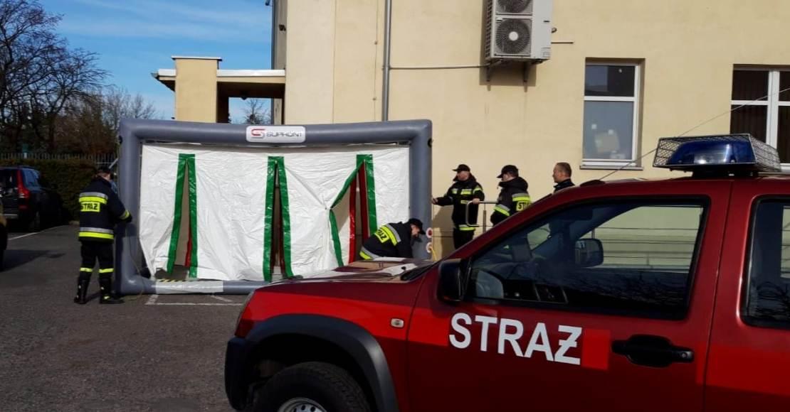 Namiot do dezynfekcji w KPP Oborniki