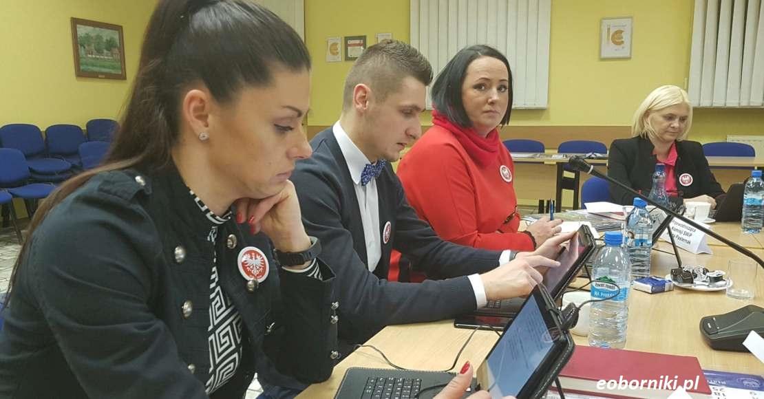 Sesja Rady Powiatu Obornickiego odwołana