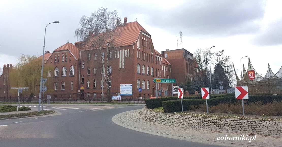 Rozpoczął się ostatni etap remontu dachu w ZS im. H. Cegielskiego