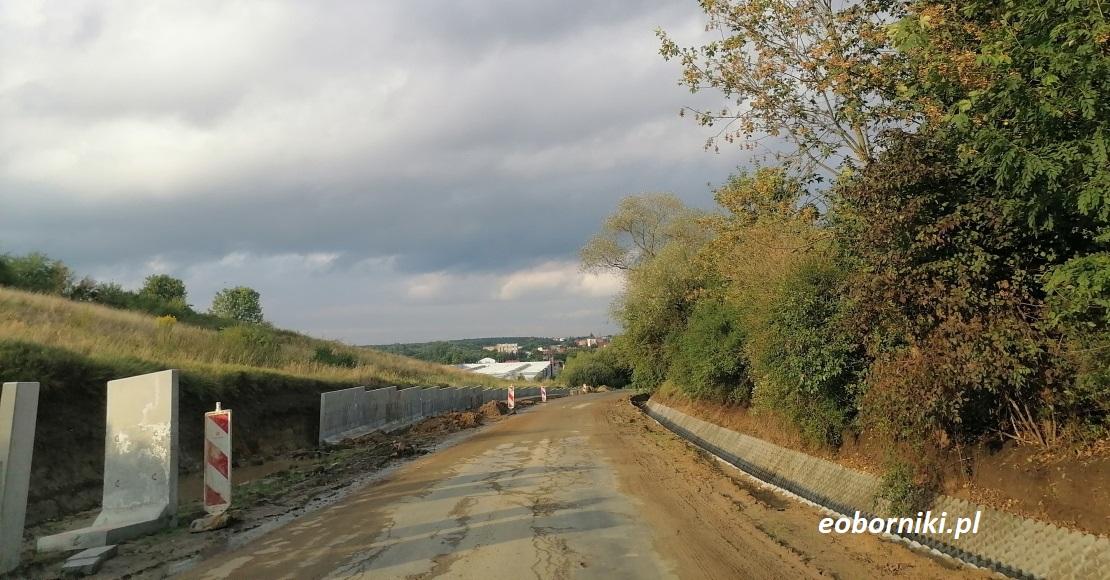 Trwa przebudowa drogi powiatowej (film)