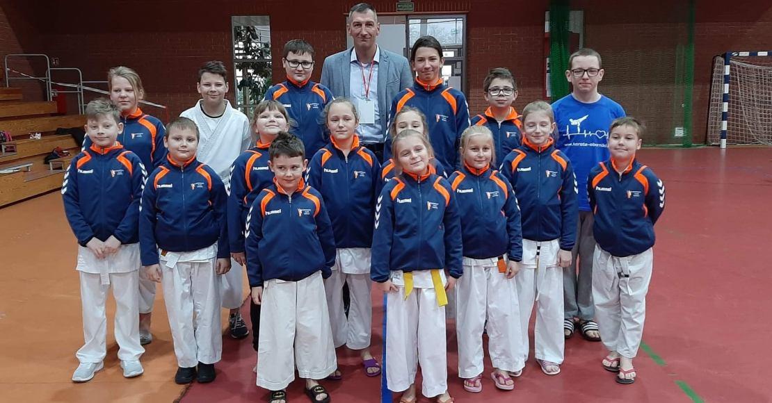 Medalowa niedziela Obornickiego Klubu Karate (foto)