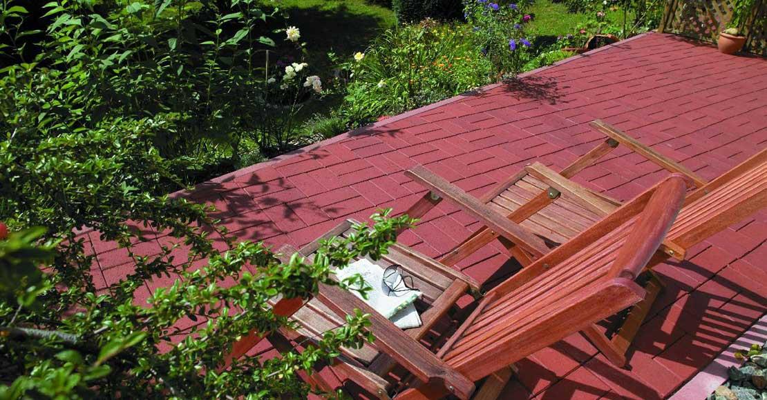 Przygotowanie ogrodowego tarasu krok po kroku: wybór materiałów budowlanych. Bruk klinkierowy będzie znakomitą opcją