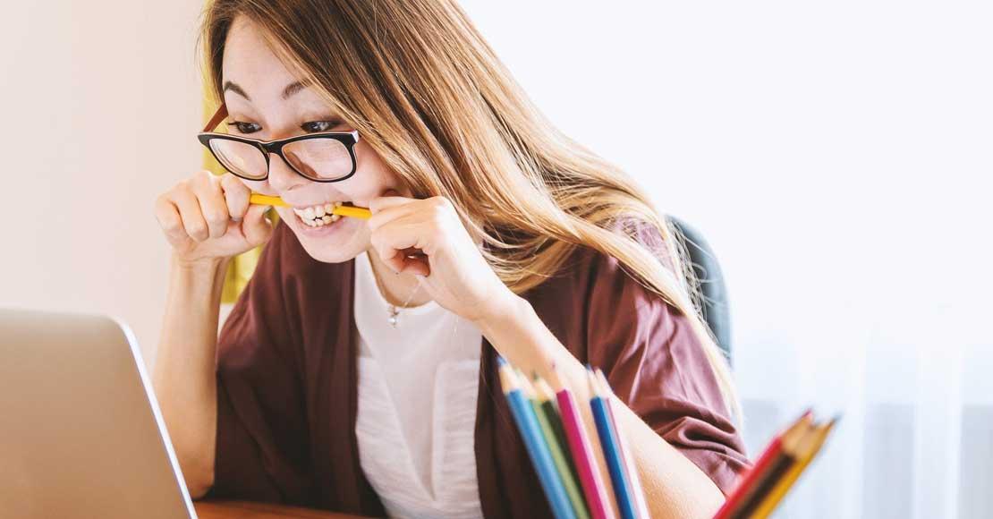 Nauka angielskiego online – jak wygląda i komu może się przydać?