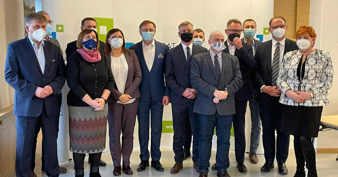 Samorządowe wsparcie dla szpitali na walkę z COVID-19