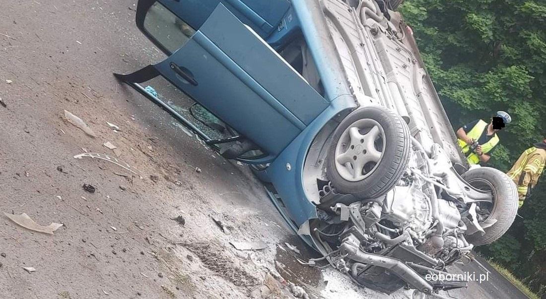 Dachowanie pojazdu! Jedźcie ostrożnie!