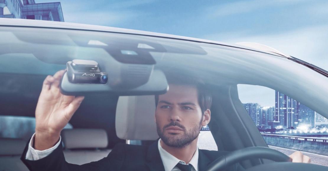 Rośnie sprzedaż samochodowych wideorejestratorów