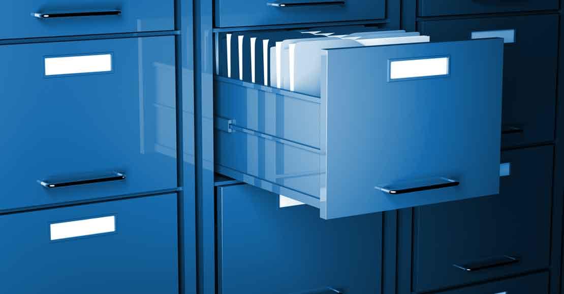 Szafa metalowa na dokumenty – uniwersalny wybór