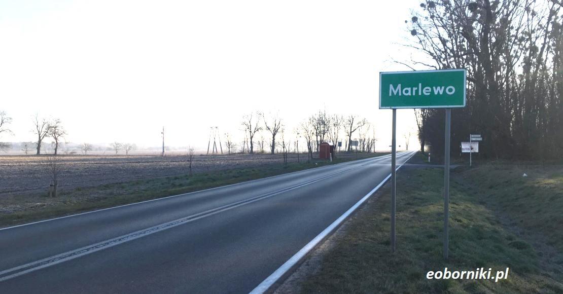 Kto wybuduje chodnik w Marlewie?