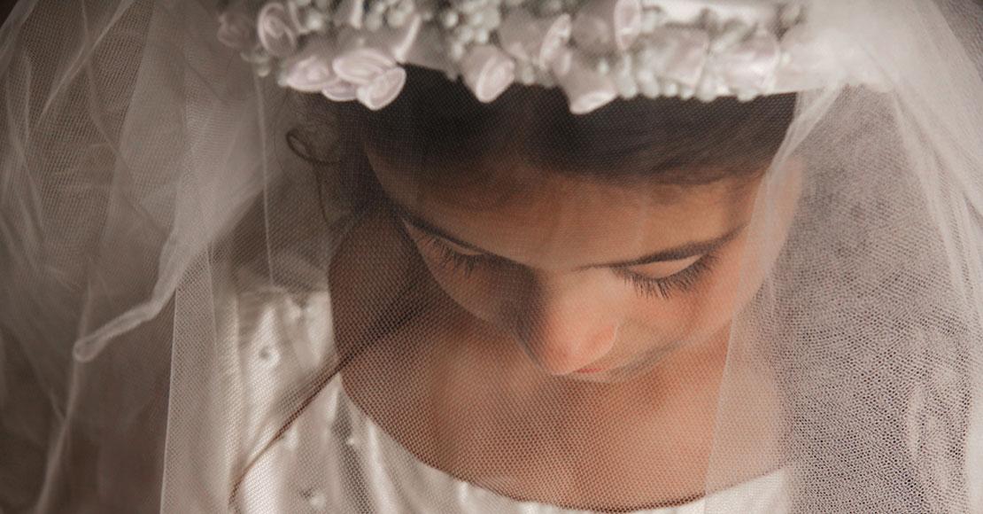 Czy sukienka komunijna dla dziewczynek to dobry wybór?