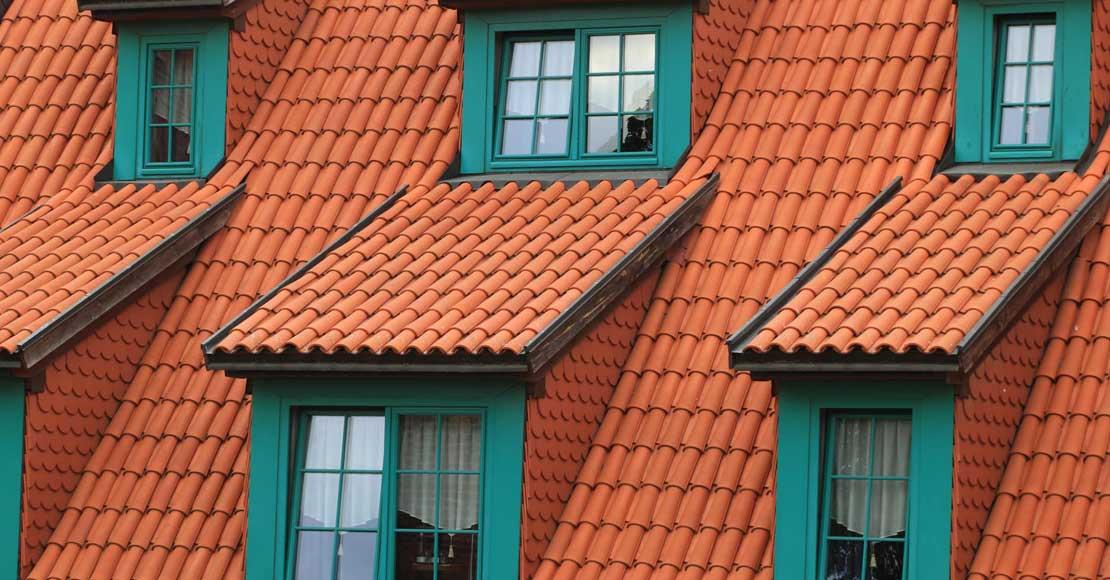 Jakie okna sprawdzą się najlepiej w mieszkaniu na poddaszu?